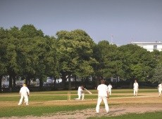 Cricket in Wandsworth Park